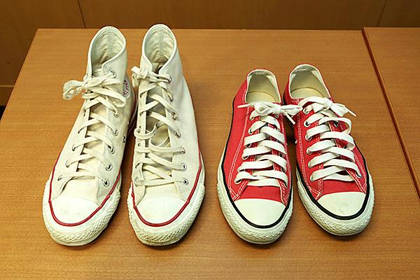 色がついた靴紐の場合、漂白剤は使わず中性洗剤で洗う